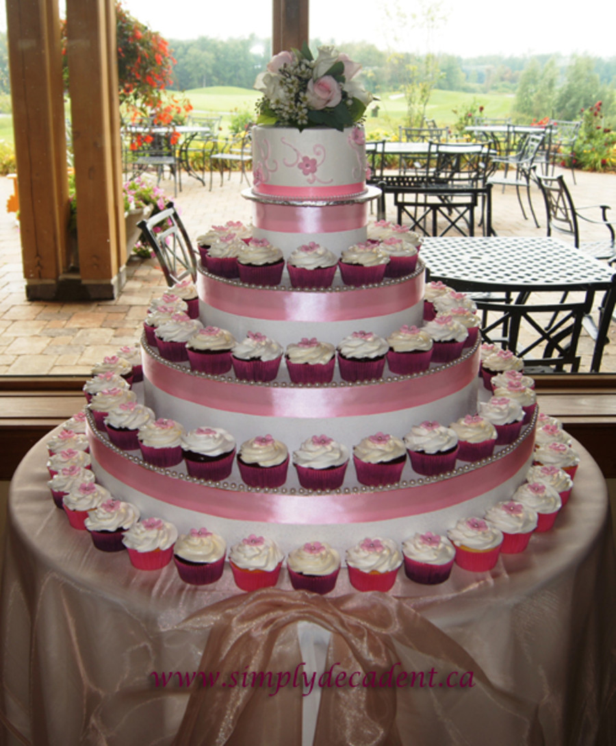 Wedding Cake Cupcakes With Buttercream Frosting  Wedding Cupcakes Chocolate Vanilla Amp Red Velvet With