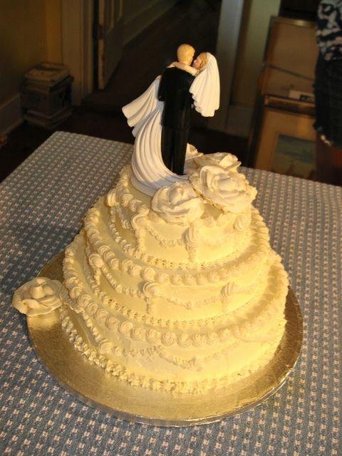 Wedding Cake Frosting Recipe  old fashioned wedding cake frosting