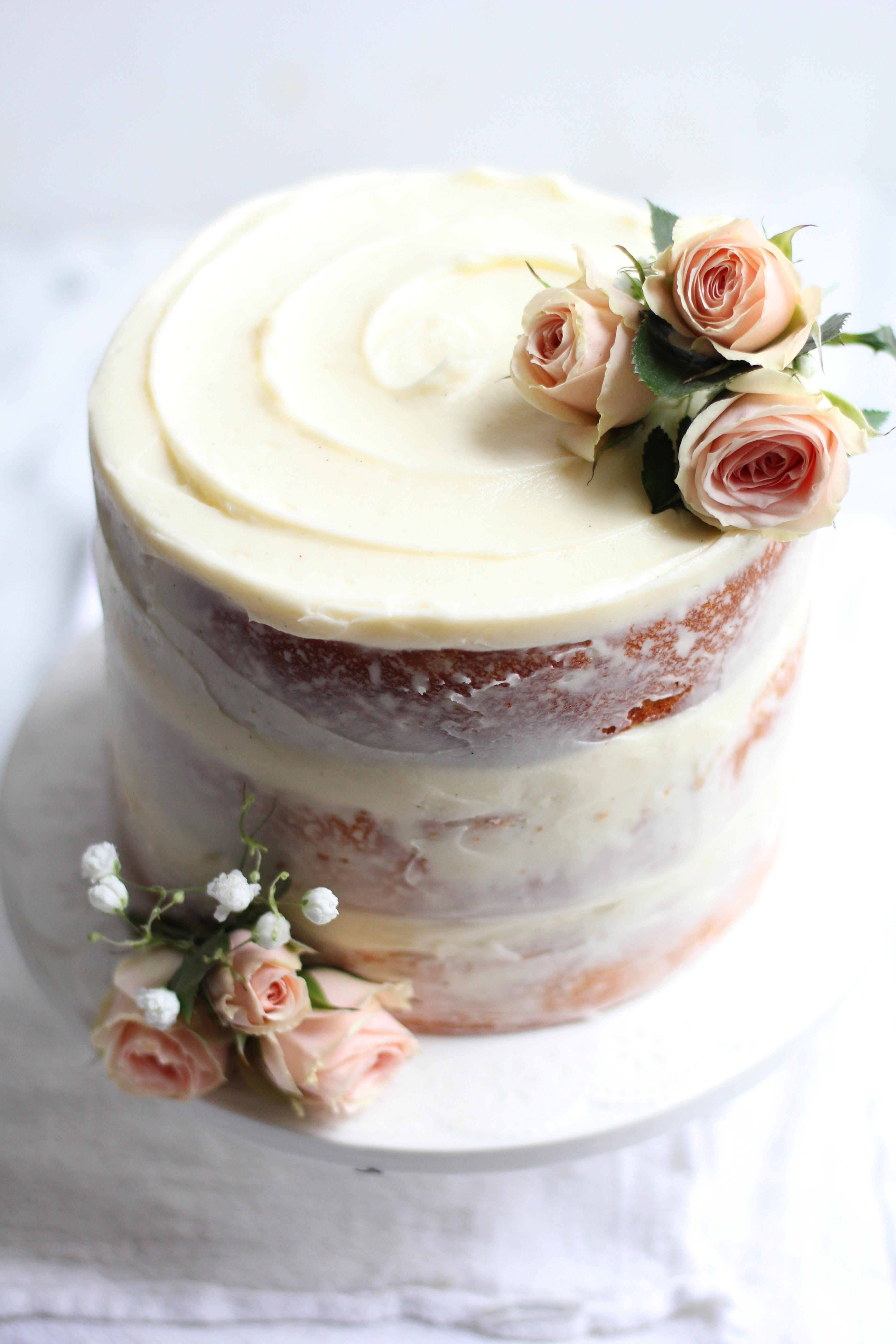 Wedding Cake Frosting Recipe  Vanilla Wedding Cake Recipe