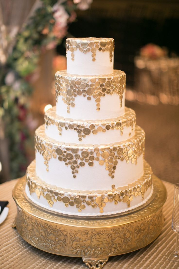 Wedding Cake Gold And White  17 Best images about Gold wedding cakes on Pinterest