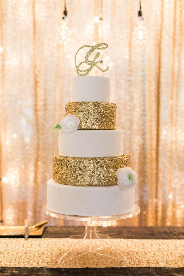 Wedding Cake Gold And White  wedding cakes with gold accents spark and shine your day