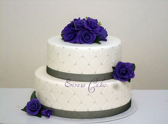 Wedding Cake Purple And White  1000 images about purple wedding ideas on Pinterest