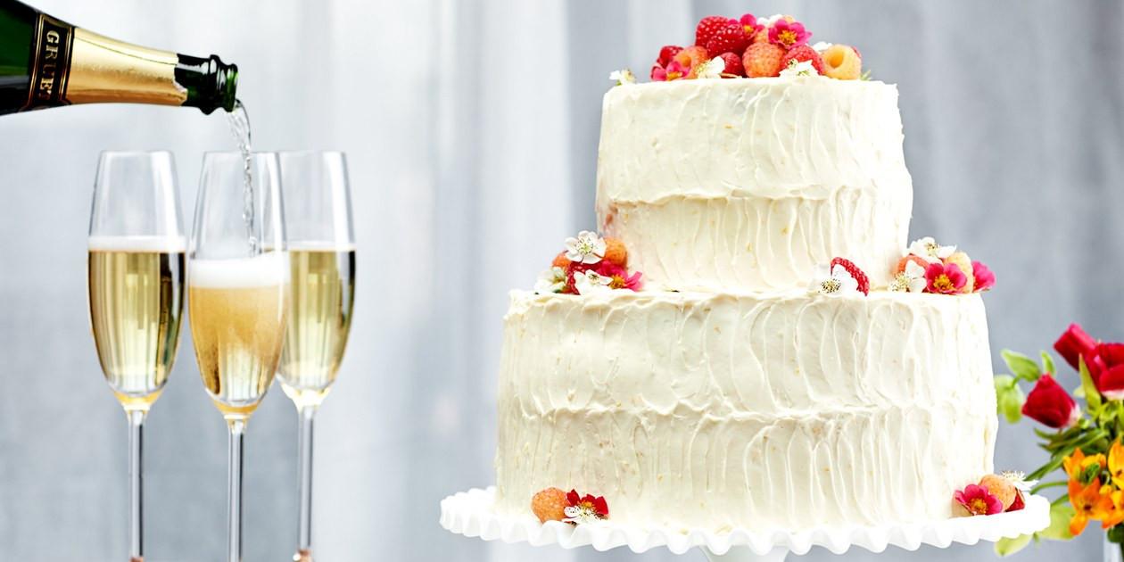 Wedding Cake Recipe Using Cake Mix  wedding cake recipe using cake mix