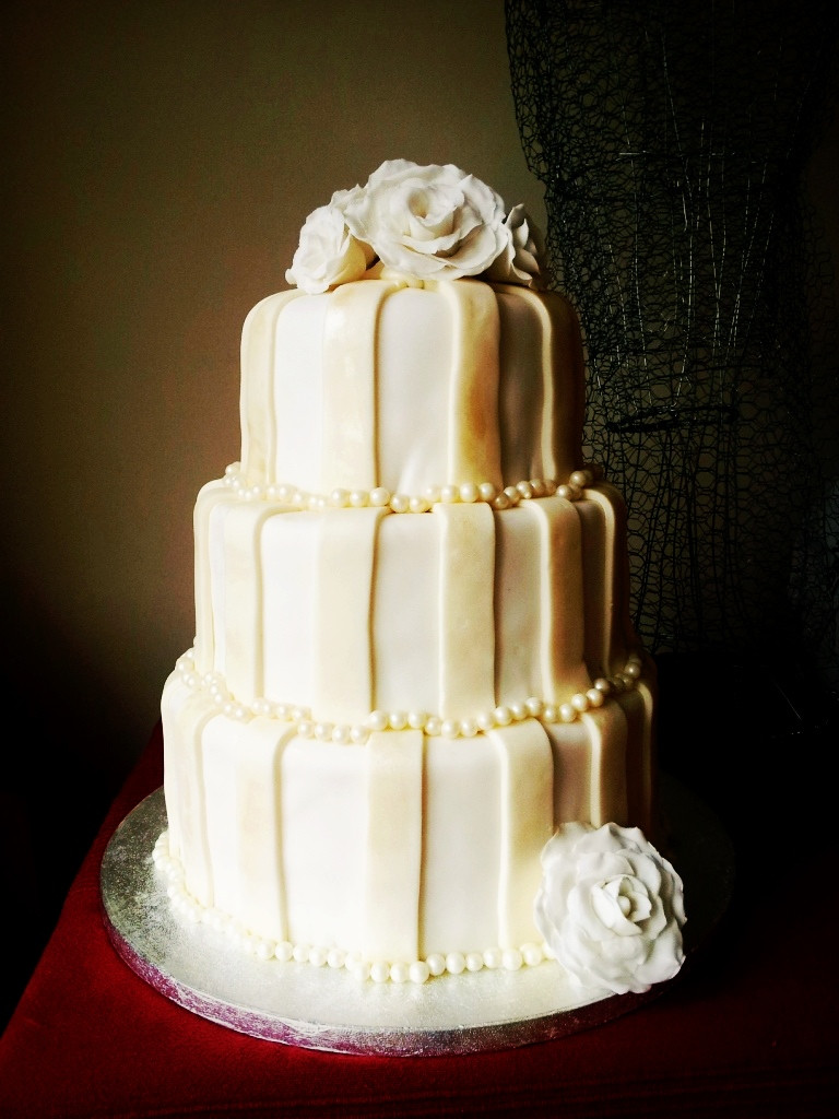 Wedding Cake Recipes For Tiered Cakes  DIY 3 tier Ivory Striped Wedding Cake Look At What I Made