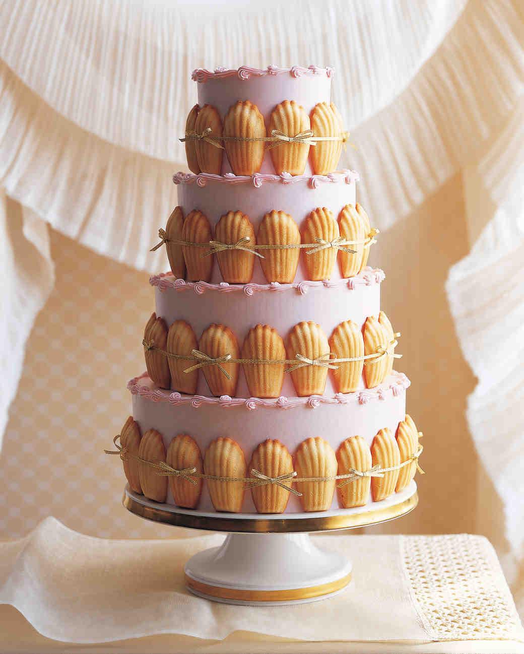 Wedding Cake Recipes Martha Stewart  25 Amazing Beach Wedding Cakes