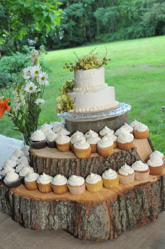 Wedding Cake Stands For Cupcakes  25 Amazing Rustic Wedding Cupcakes & Stands