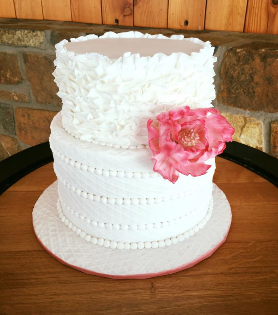 Wedding Cakes 2 Tier  Two Tier Wedding Cake Petal Raffles And Beading