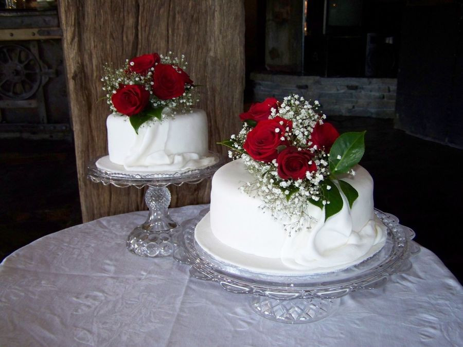 Wedding Cakes 2 Tiers  Two Tier Wedding Cake CakeCentral
