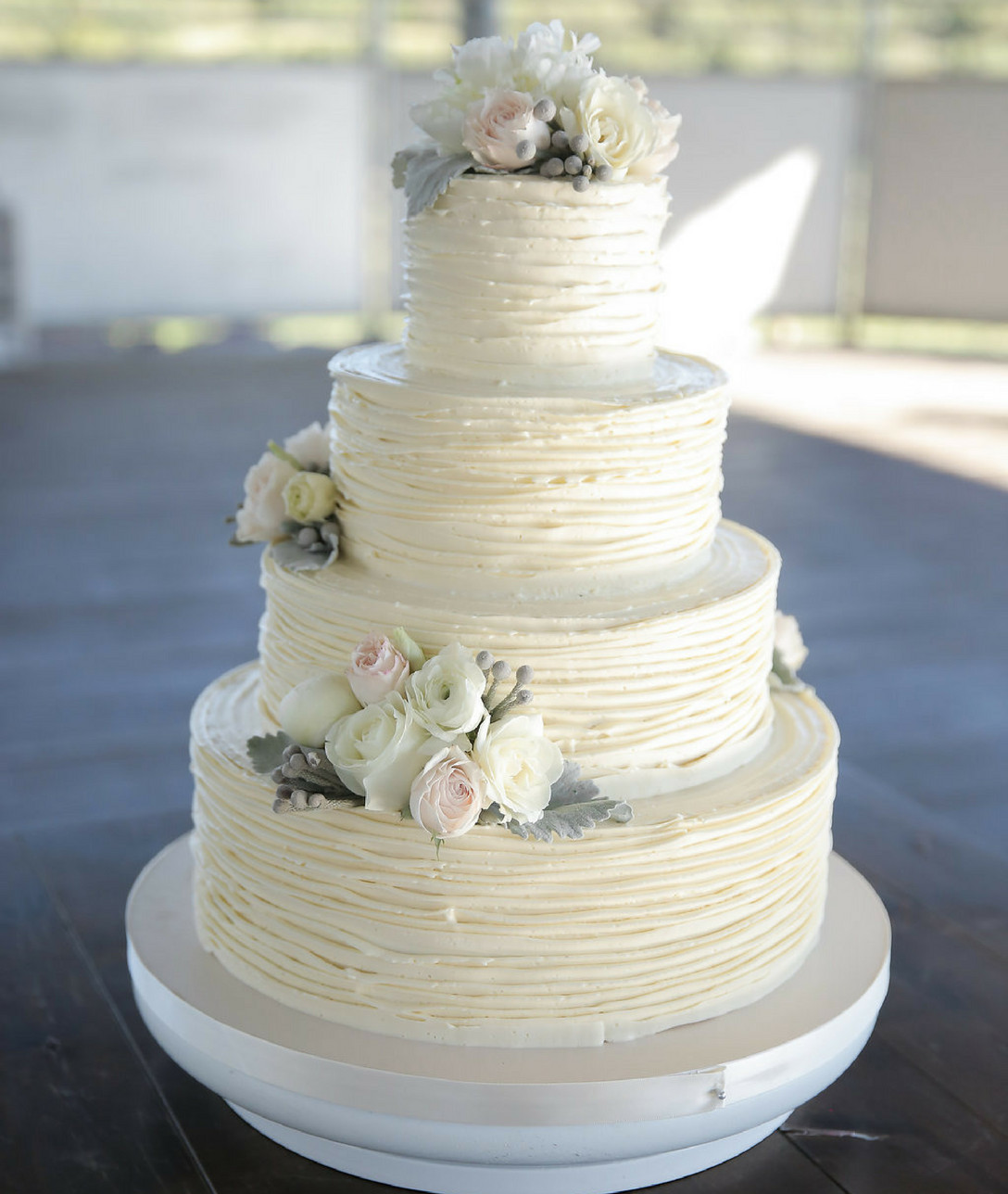 Wedding Cakes 2018  Wedding Cake Trends for 2018