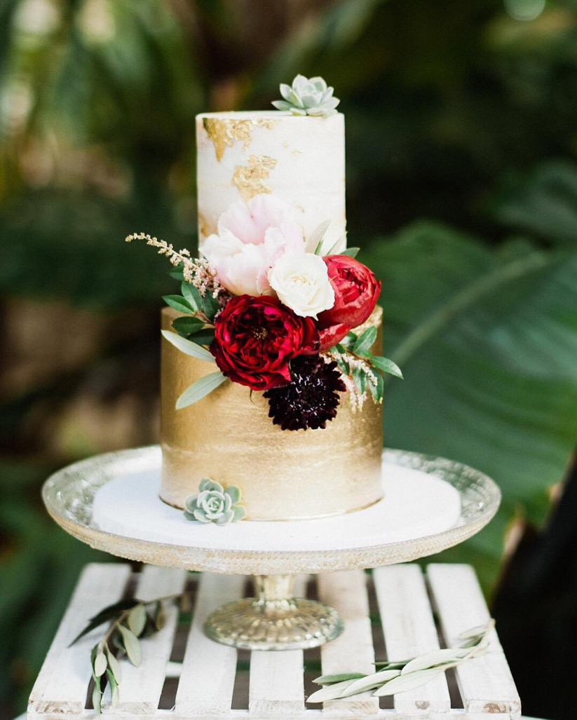 Wedding Cakes 2018  The 2018 Wedding Cake Trends Everyone Will Be Talking