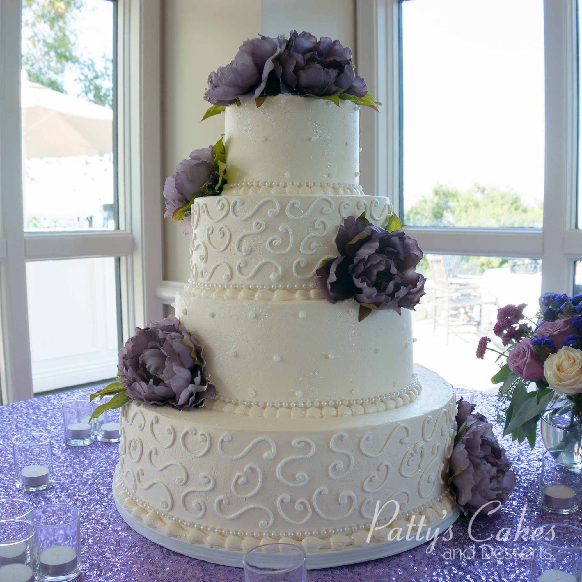 Wedding Cakes 4 Tier  of a classic 4 tier wedding cake Patty s Cakes and