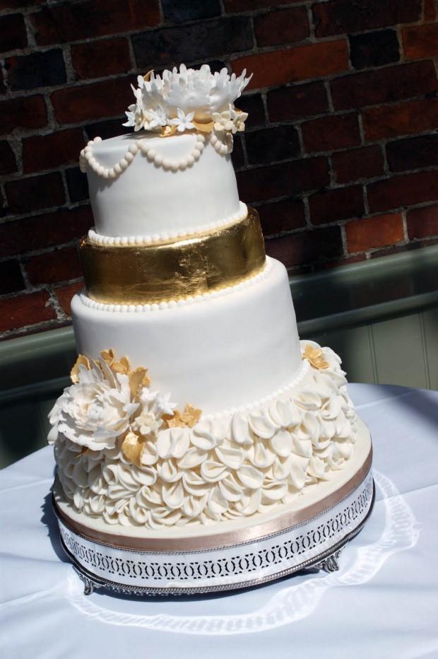 Wedding Cakes 4 Tier the Best Ideas for 4 Tier Gold Peony Wedding Cake Bakealous