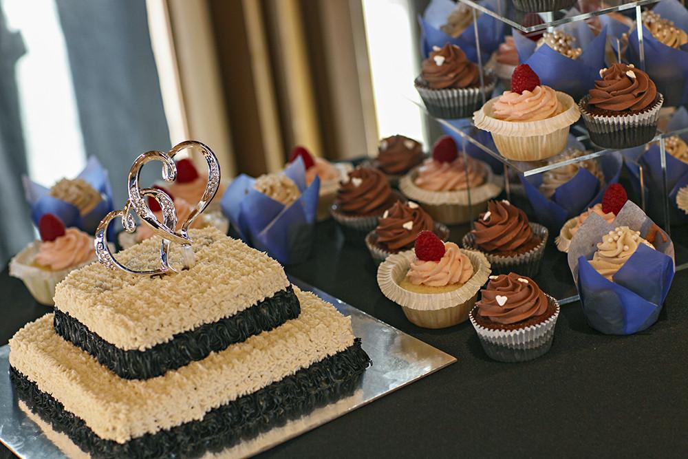 Wedding Cakes Albuquerque  Albuquerque Wedding Cakes Flowers and DetailsKevin s