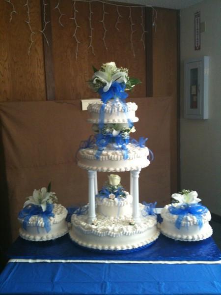Wedding Cakes Anchorage  Nilda s Party Creation Anchorage AK Wedding Cake