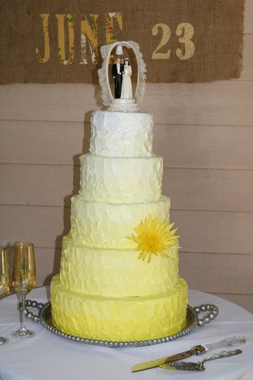 Wedding Cakes Anchorage  Ardy Cakes & Confections Wedding Cake Anchorage AK