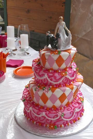 Wedding Cakes Anchorage  Midnight Sun Cakery Wedding Cake Anchorage AK