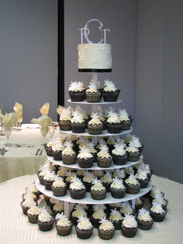 Wedding Cakes And Cup Cakes  Wedding Cupcake Decorations