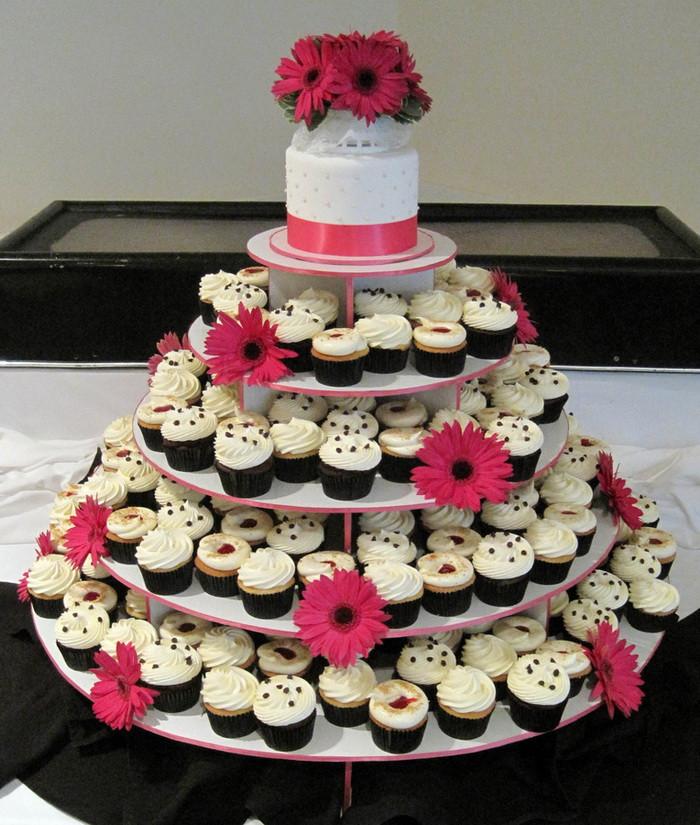 Wedding Cakes And Cupcake Ideas  Wedding Cupcake Decorating Ideas Wedding and Bridal