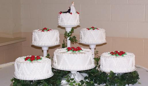 Wedding Cakes And Prices  Wedding cake price range idea in 2017