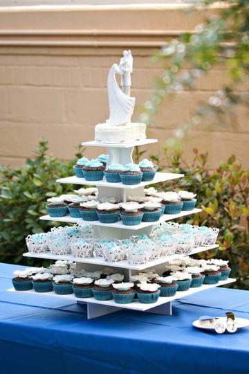 Wedding Cakes Annapolis  D&J Bakery Wedding Cake Annapolis MD WeddingWire