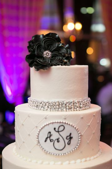 Wedding Cakes Arlington Tx  Sugar Bee Sweets Wedding Cake Arlington TX WeddingWire