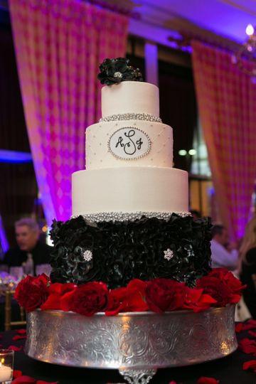 Wedding Cakes Arlington Tx  Sugar Bee Sweets Bakery Wedding Cake Arlington TX