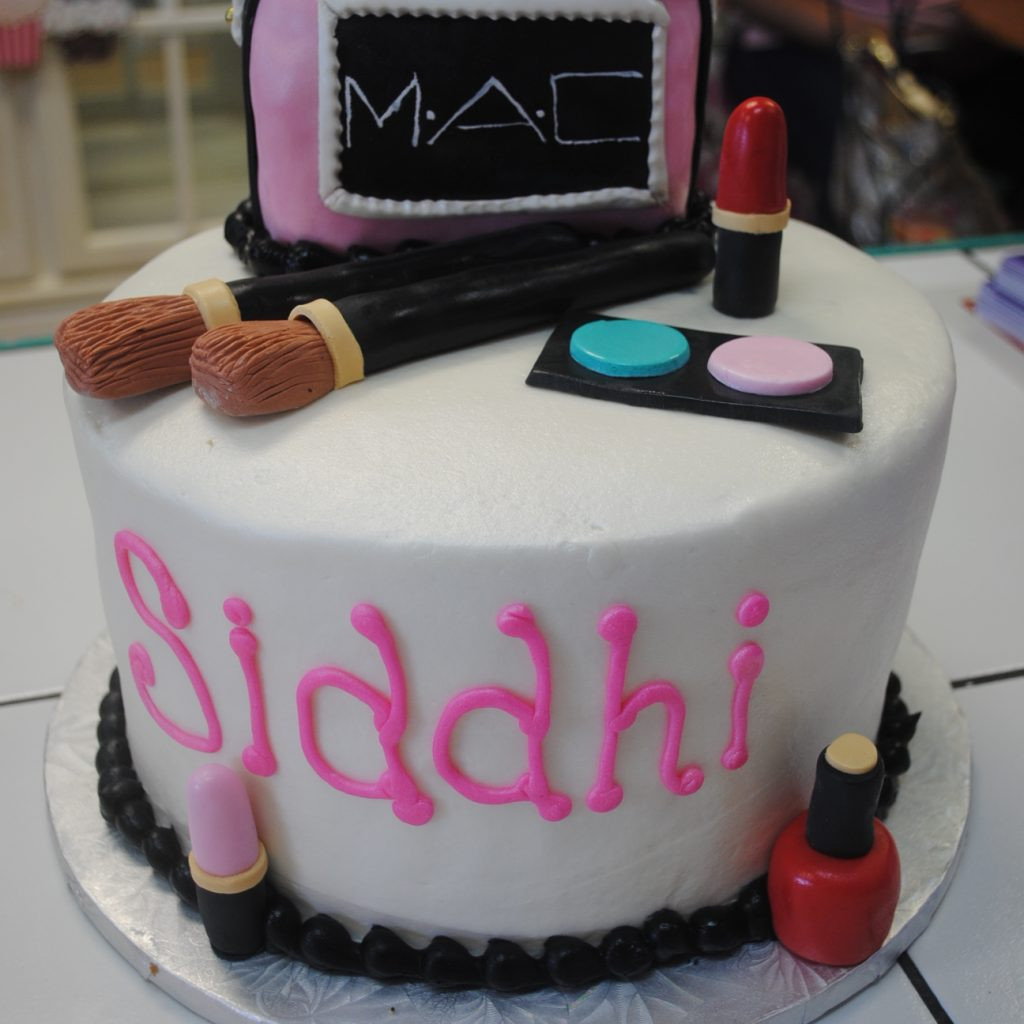 Wedding Cakes Arlington Tx  Mac Makeup Cakes Thats The Cake Bakery Dallas Fort Worth