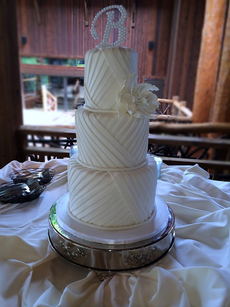 Wedding Cakes Asheville  17 Best images about just simply delicious Wedding and