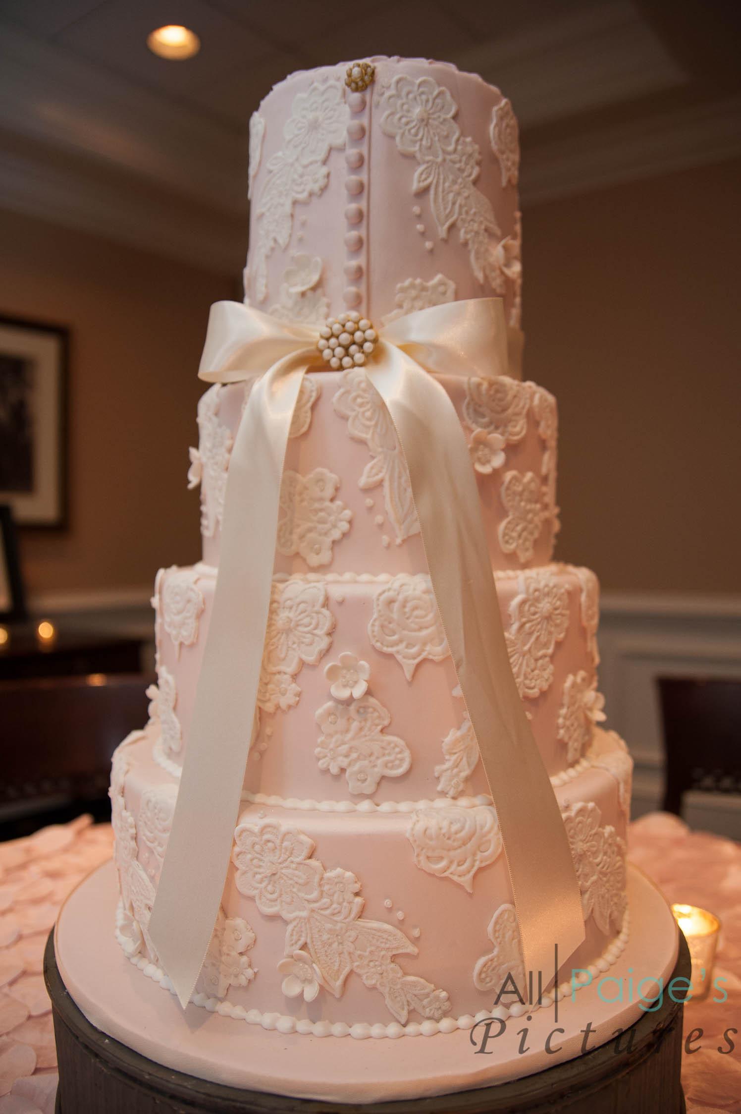 Wedding Cakes Atlanta Ga  Atlanta Wedding Cake Trends for 2015
