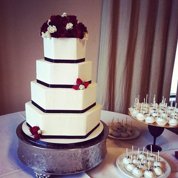 Wedding Cakes Austin Tx  Polkadots Cupcake Factory Wedding Cake Austin TX
