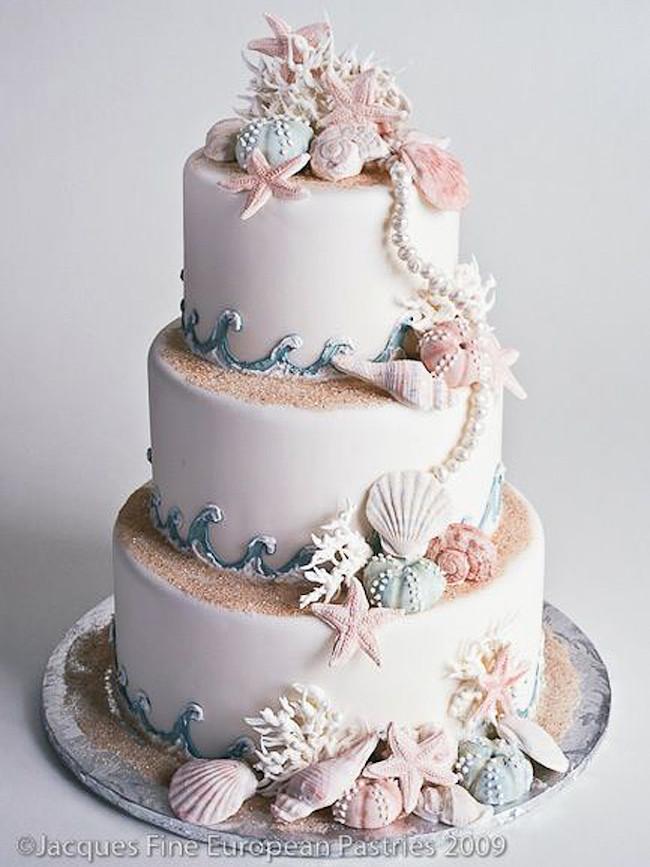 Wedding Cakes Beach  20 Elegant Beach Wedding Cakes