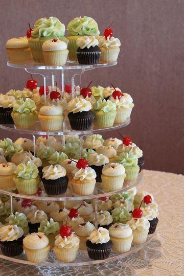 Wedding Cakes Bellingham Wa  Cupcakes Like It Sweet Wedding Cake Bellingham WA