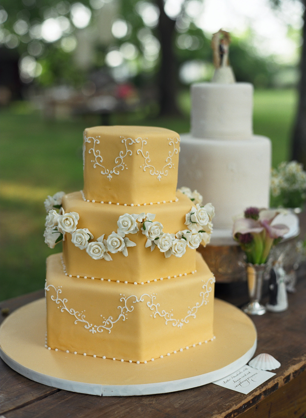 Wedding Cakes Blogs  Vintage Cake Toppers