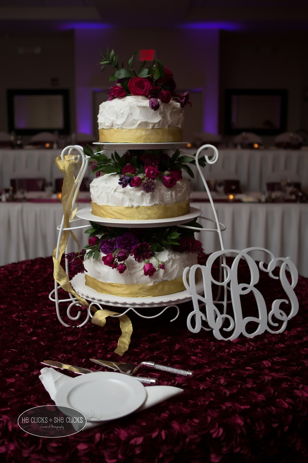 Wedding Cakes Bloomington Il  He s She s Center of graphy Ashton and