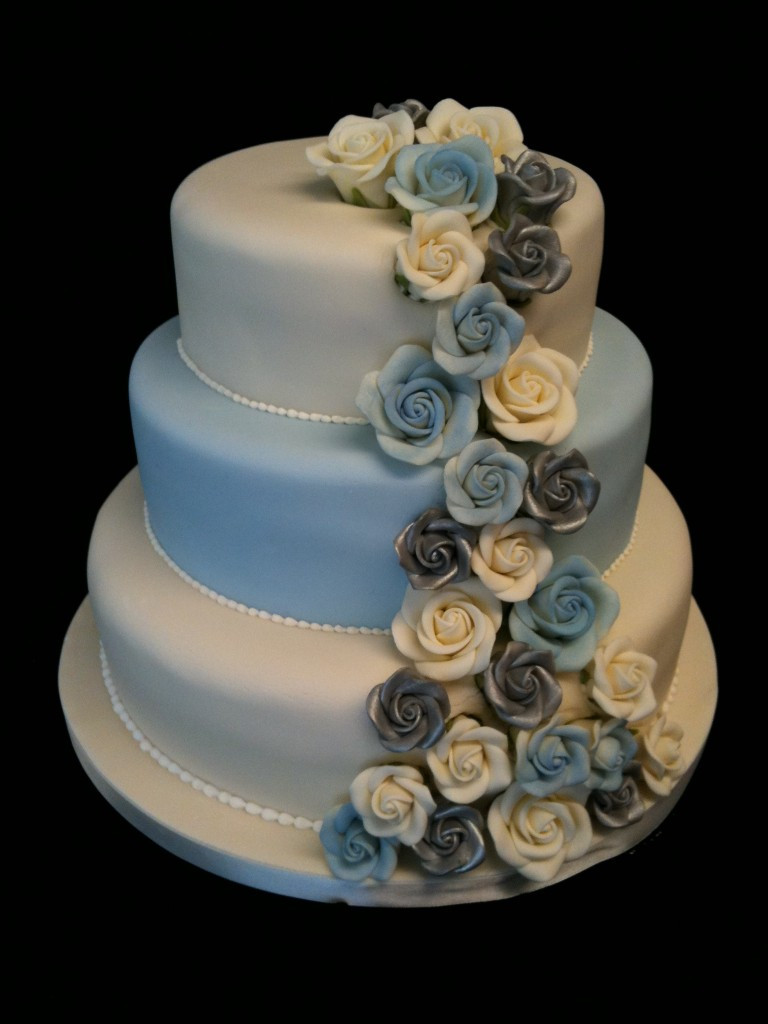 Wedding Cakes Blue And Silver  Silver and Blue Roses
