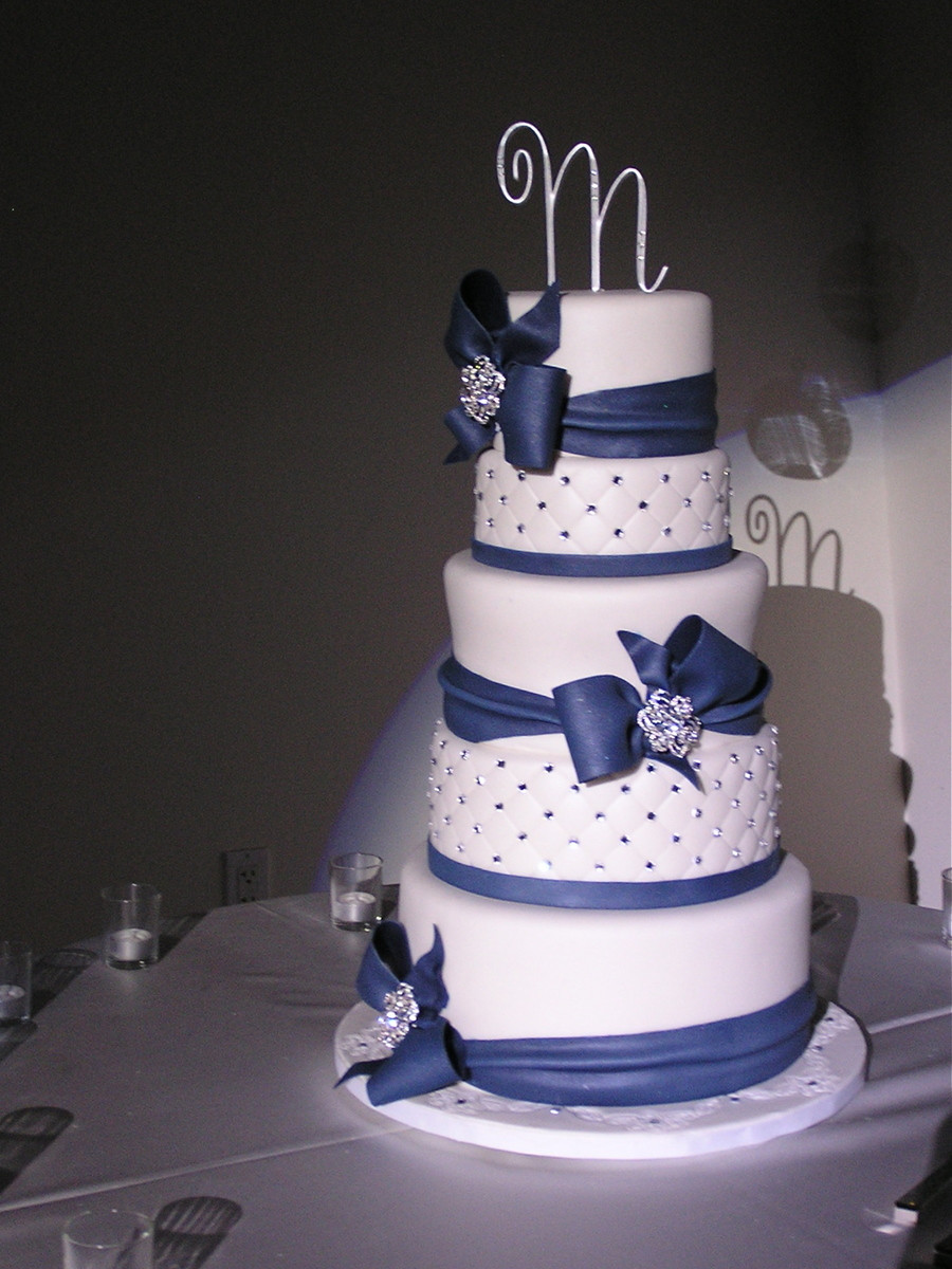 Wedding Cakes Blue and White the top 20 Ideas About Navy Blue and White Wedding Cake Cakecentral