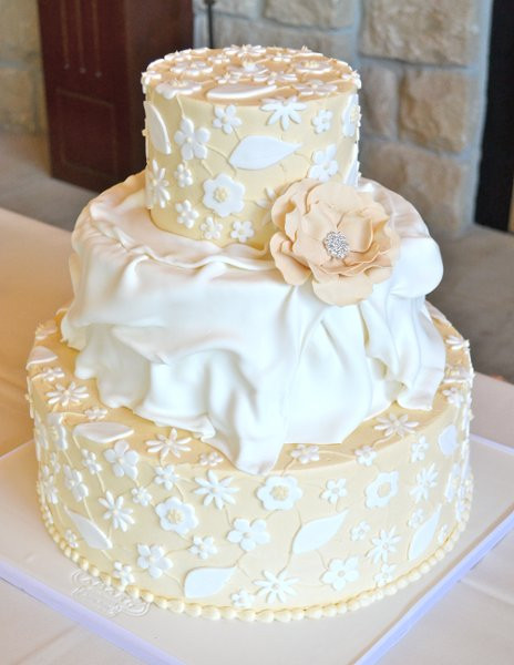 Wedding Cakes Boise  Amaru Confections Boise ID Wedding Cake