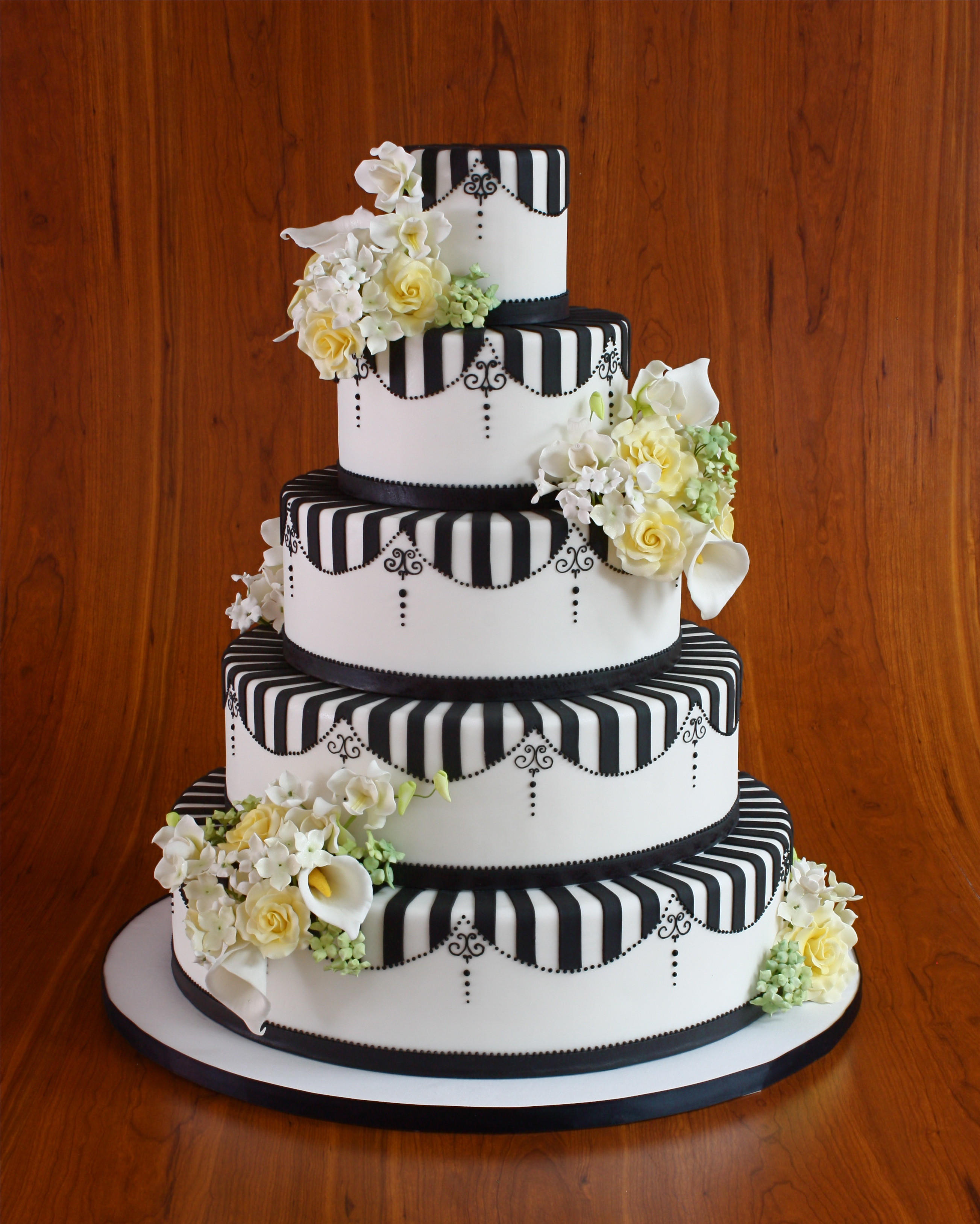 Wedding Cakes Brooklyn  The Cake of Your Dreams Elegantly Iced Brooklyn Based