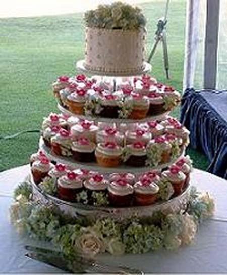 Wedding Cakes Budget  2012 cheap wedding cake ideas