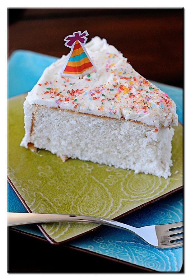 Wedding Cakes Buttercream Frosting  White Wedding Cake Buttercream Frosting Dine and Dish