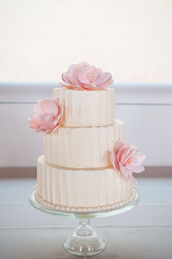 Wedding Cakes Buttercream Frosting  Buttercream wedding cake ideas Frosting