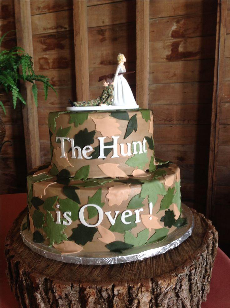 Wedding Cakes Camo  Camo Grooms Cakes Best 25 Camo Grooms Cake Ideas