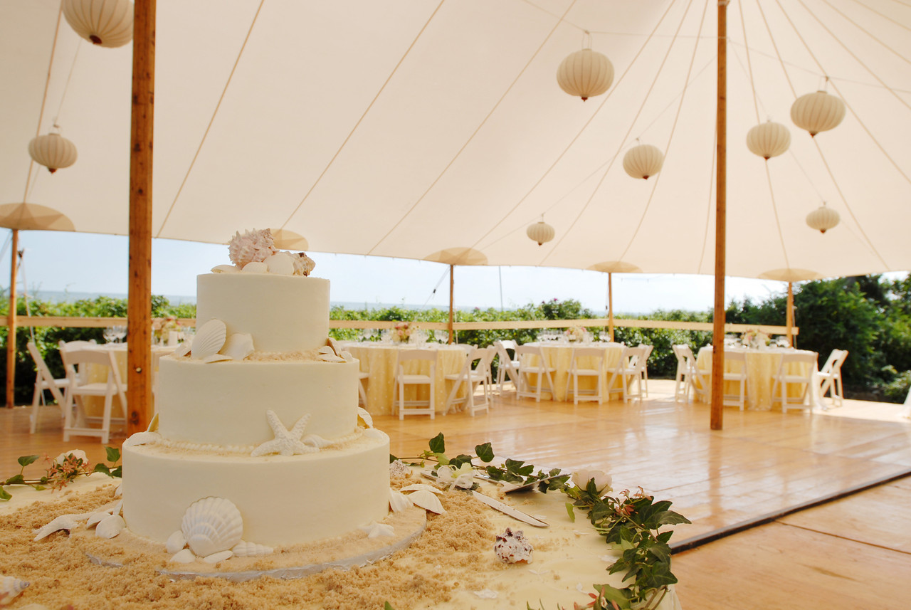 Wedding Cakes Cape Cod  The Casual Gourmet Voted Cape Cod s Best Wedding Caterer