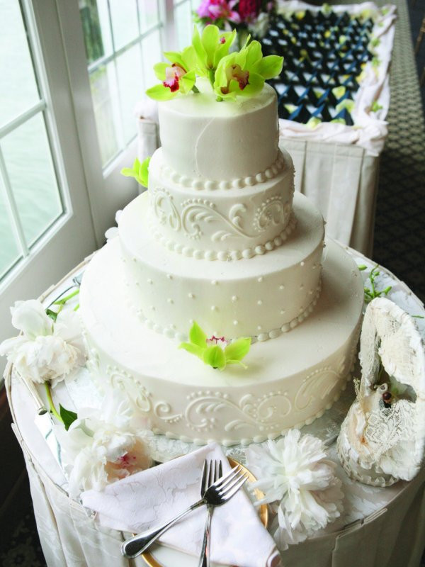 Wedding Cakes Cape Cod  Hola Cape Cod