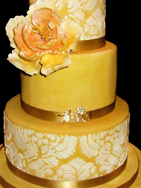Wedding Cakes Catalogue  Helens Cakes Catalogue Wedding Cakes