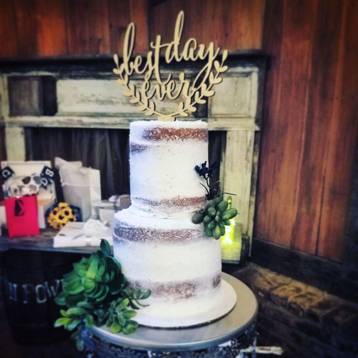 Wedding Cakes Charleston Sc  The Holy City Cupcakes Wedding Cake Charleston SC
