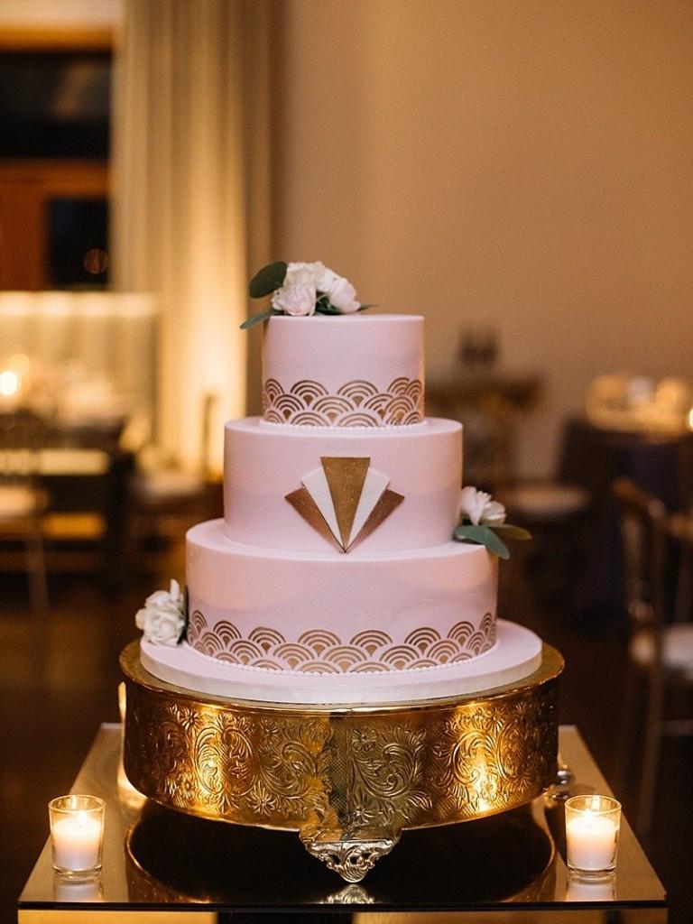 Wedding Cakes Chicago  Art Deco Style Wedding Cake