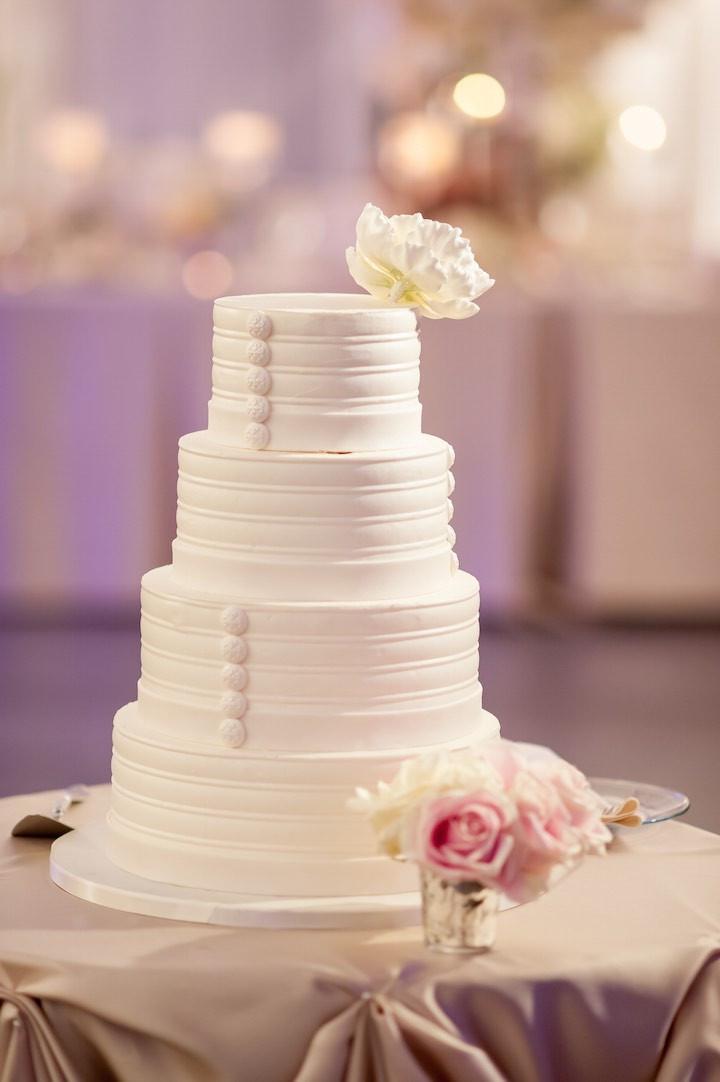 Wedding Cakes Chicago  Elegantly Chic Chicago Wedding MODwedding