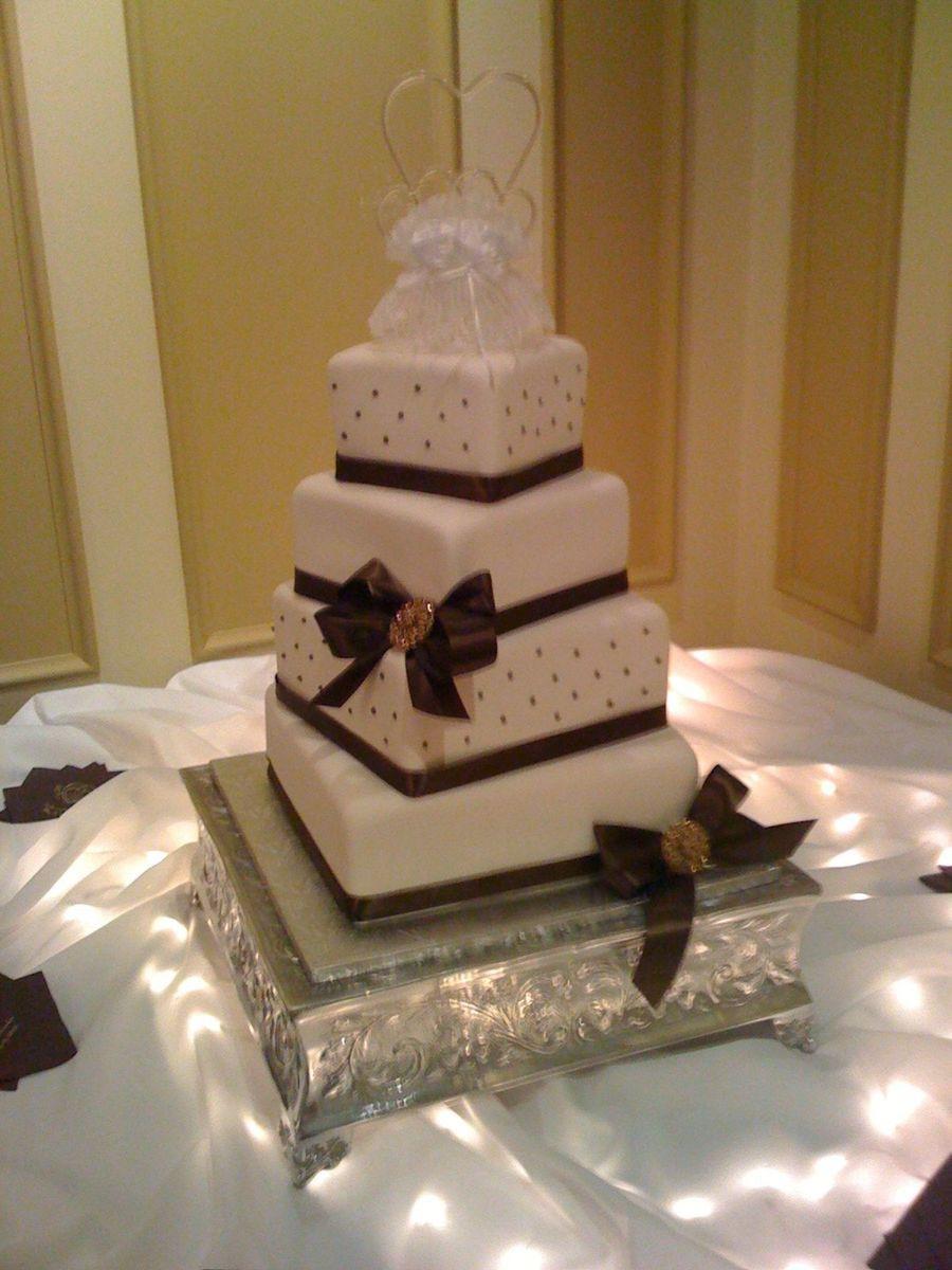 Wedding Cakes Cincinnati Ohio  Cincinnati Wedding Cake Cotillion Events Cakes Oh