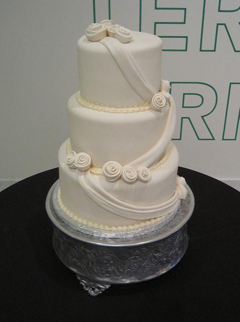 Wedding Cakes Cincinnati  Cotillion Events Wedding Cakes Cincinnati